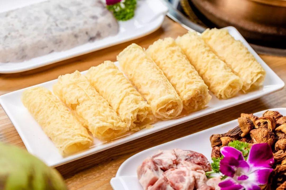 【罗湖·美食】细皮嫩肉的鸡煲来了!79.9元抢门市价216元『大林奇味鸡煲』2-3人套餐,就在洪湖地铁口